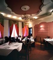 Гостиница Нева в Санкт-Петербурге, ресторан